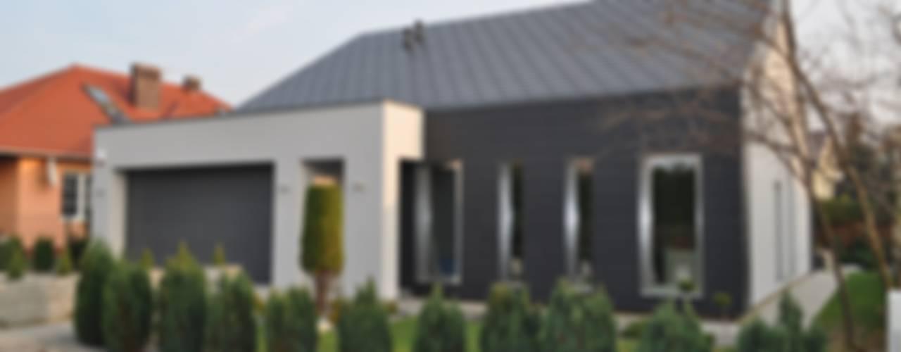 Dom w Gorzowie nr 2: styl , w kategorii Domy zaprojektowany przez STRUKTURA Łukasz Lewandowski,Minimalistyczny