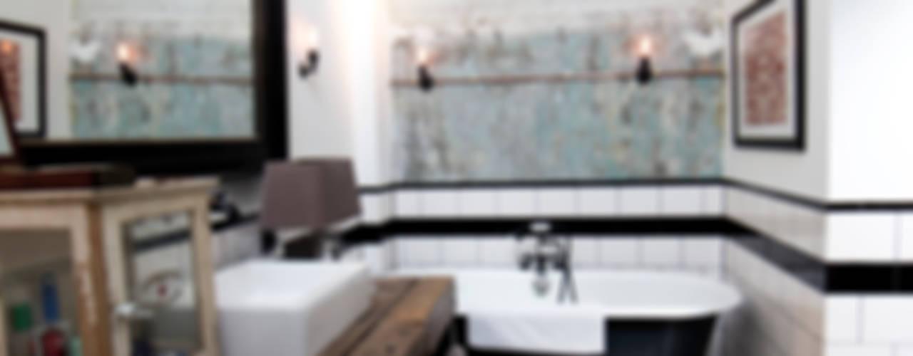 Baños industriales de BRICKS Studio Industrial