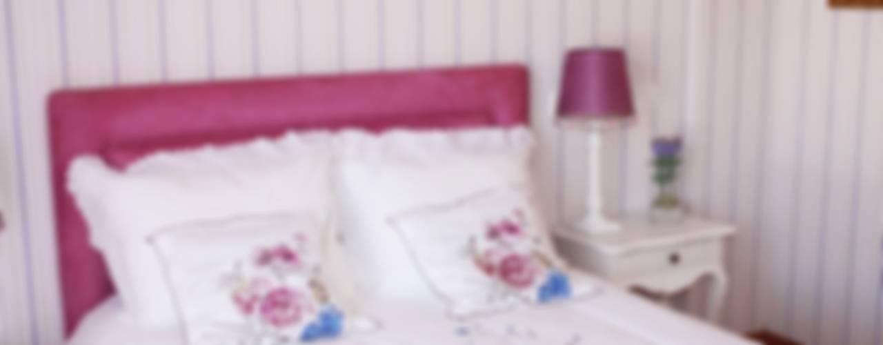 ห้องนอน โดย Stoc Casa Interiores,