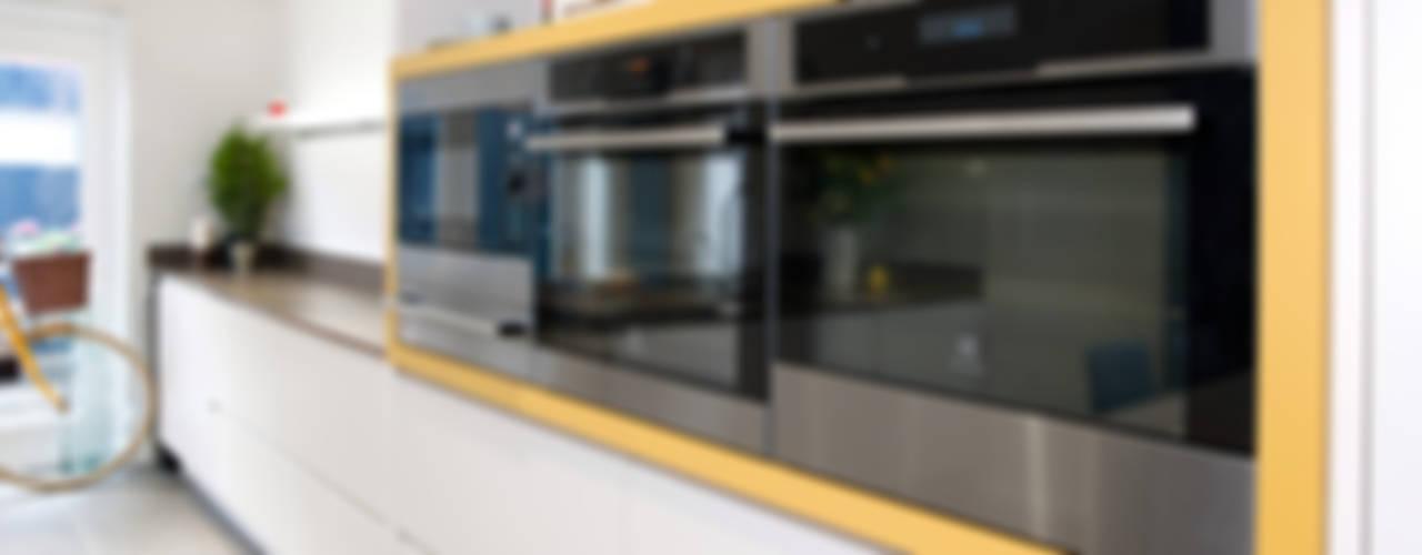 Oaklands Cuisine moderne par Haus12 Interiors Moderne