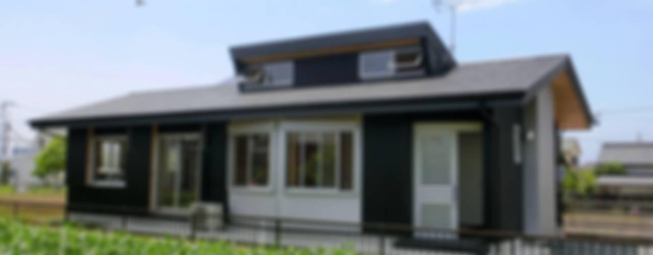 Houses by 氏原求建築設計工房,