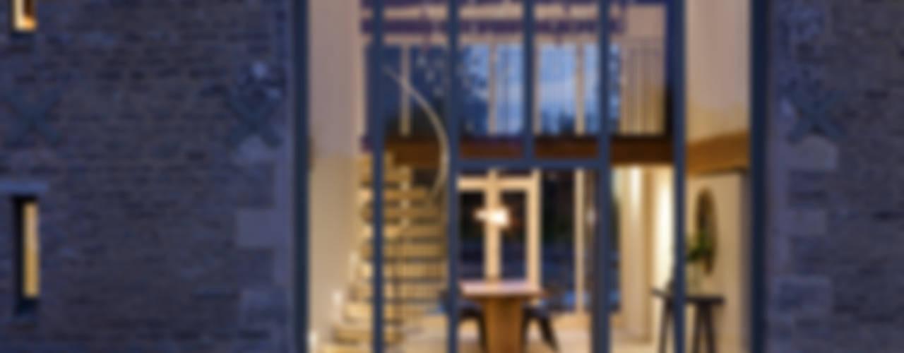 Maisons rustiques par homify Rustique
