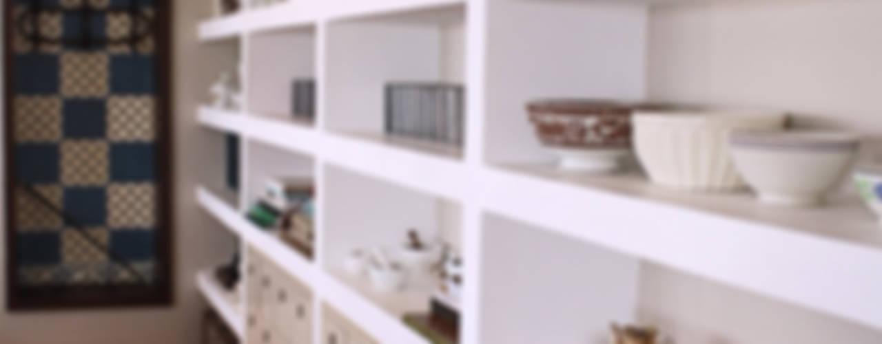 Livings de estilo  por Graf Arquitetura & Interiores