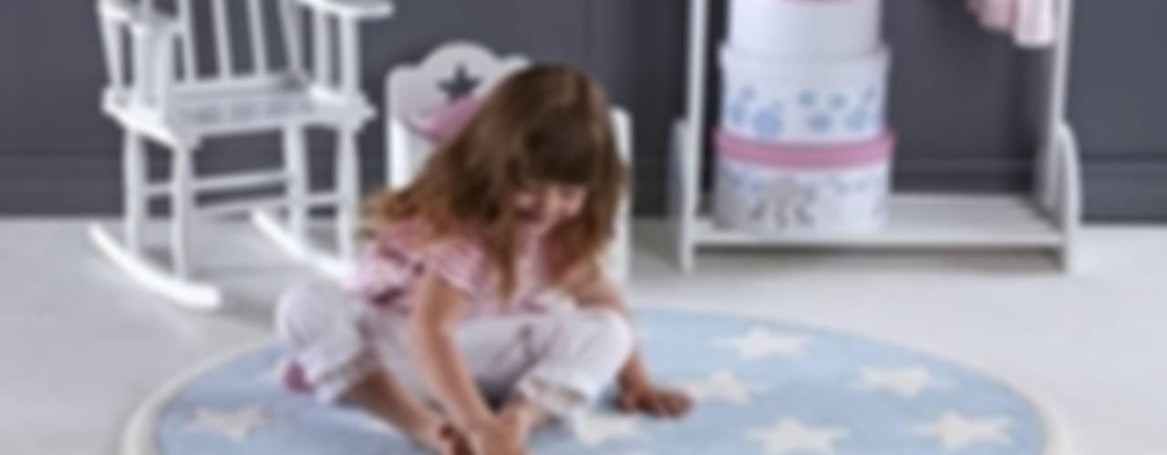 Dormitorios infantiles de estilo escandinavo de Sklep Internetowy Kiddyfave.pl Escandinavo