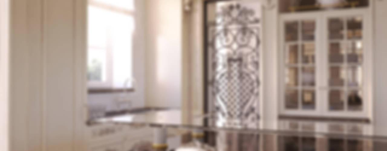 Cucina Cucina in stile classico di 3D Render&Beyond Classico