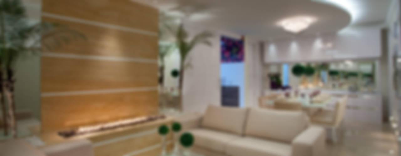 Living room by Designer de Interiores e Paisagista Iara Kílaris, Modern