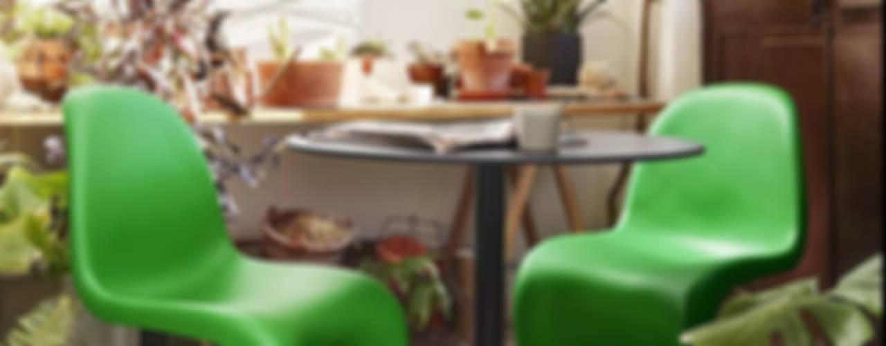 Jardines de estilo  por Muebles caparros