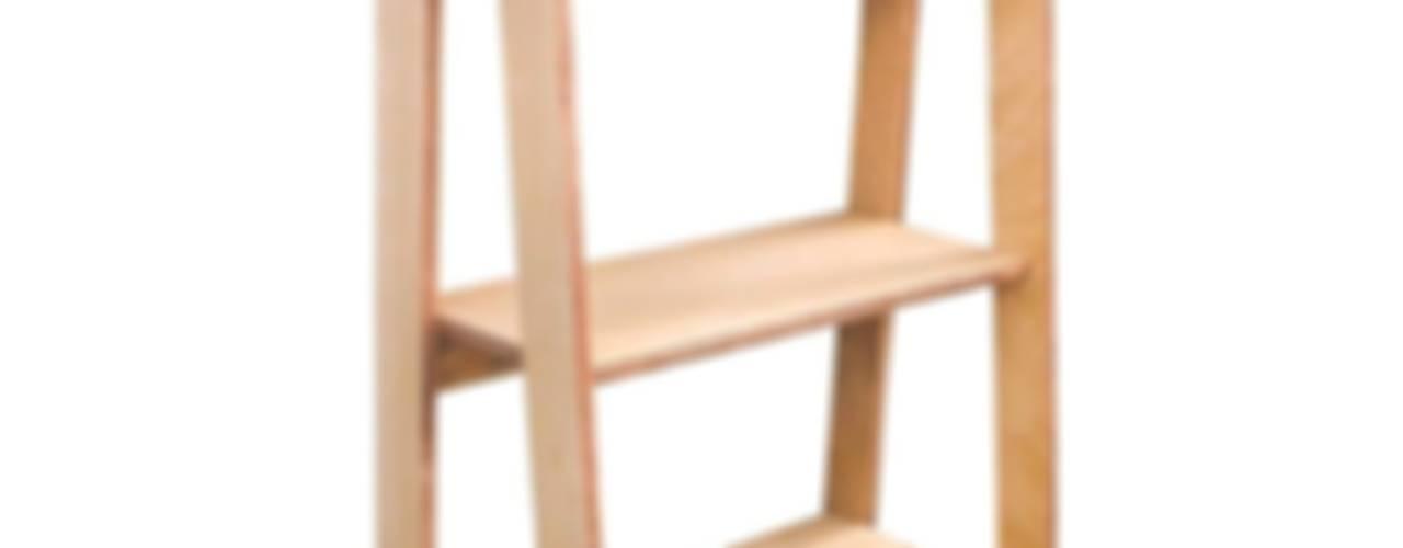 Plywood:  de estilo  por CASA FAD,Escandinavo