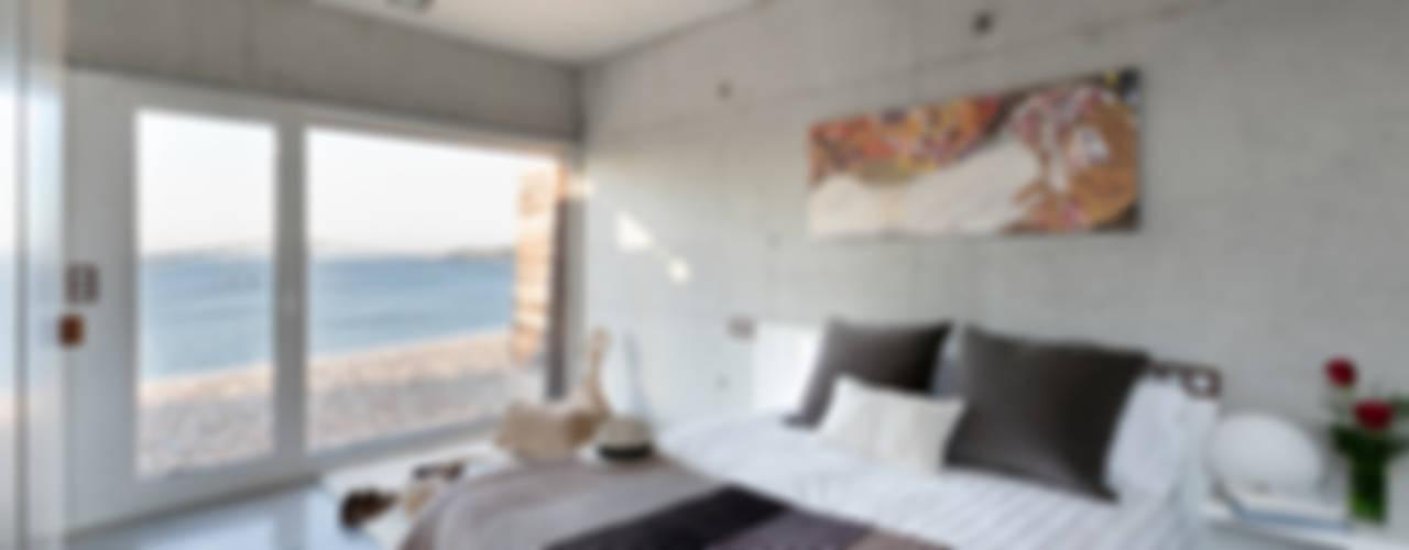 Projekty,  Sypialnia zaprojektowane przez Your Architect London, Nowoczesny