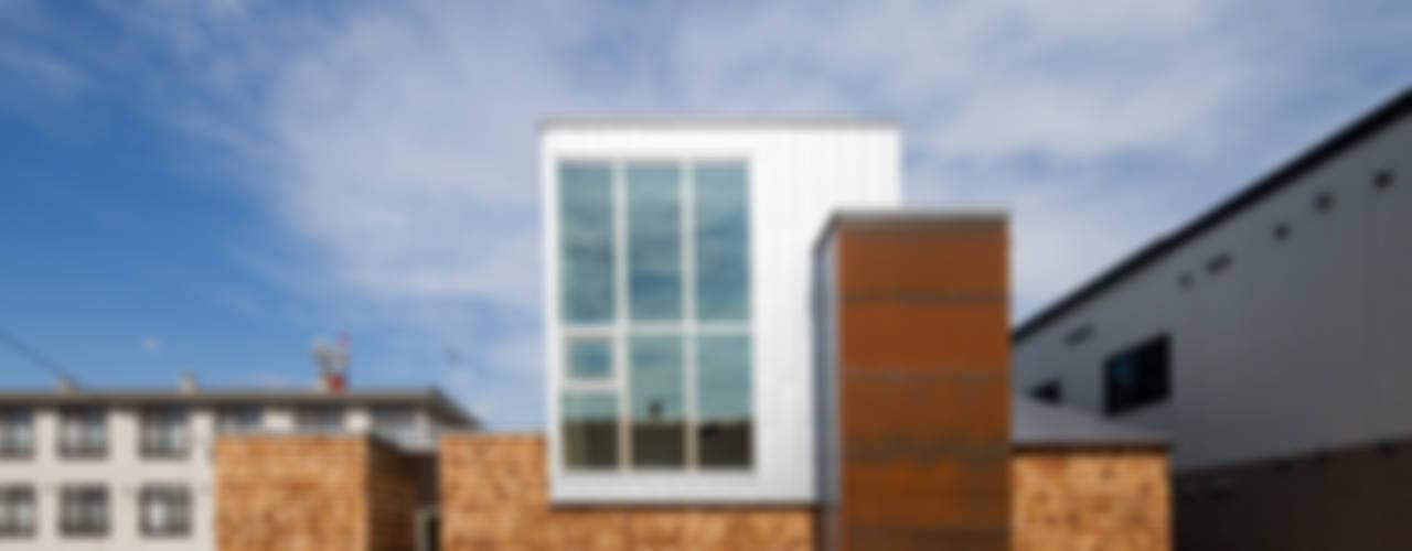 SHOWAの家: 一級建築士事務所 Atelier Casaが手掛けた家です。,モダン