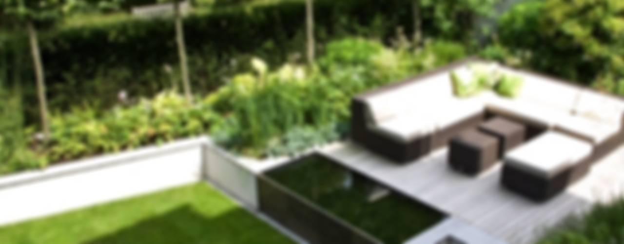 클래식스타일 발코니, 베란다 & 테라스 by Ecologic City Garden - Paul Marie Creation 클래식