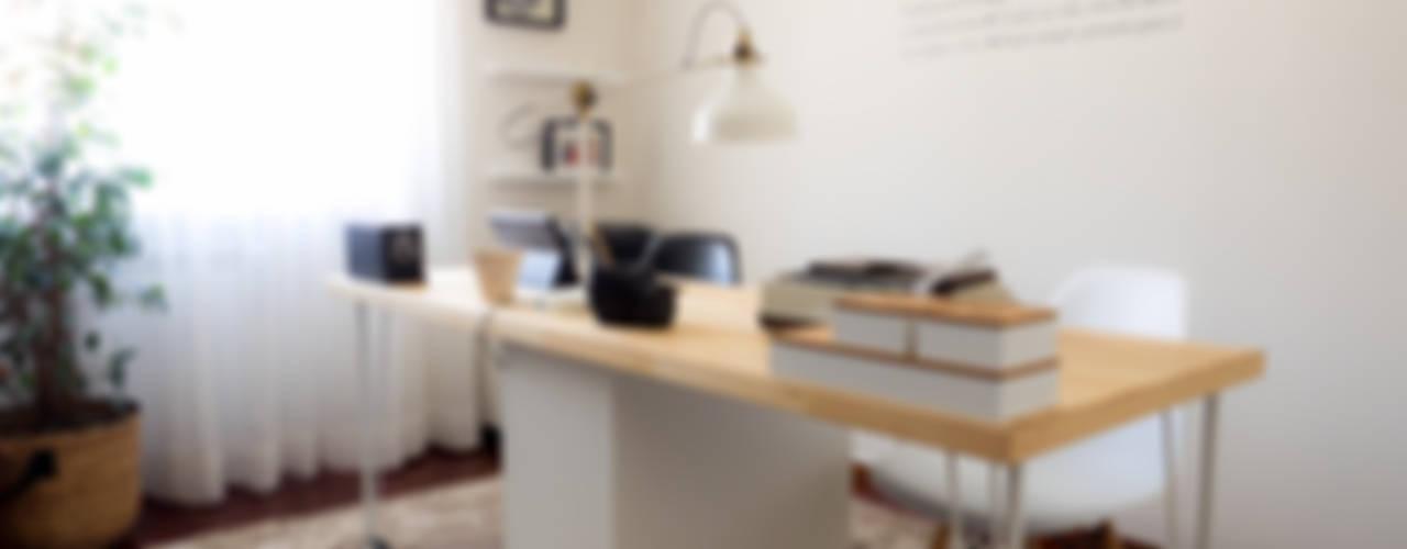 Oficinas de estilo escandinavo de MUDA Home Design Escandinavo