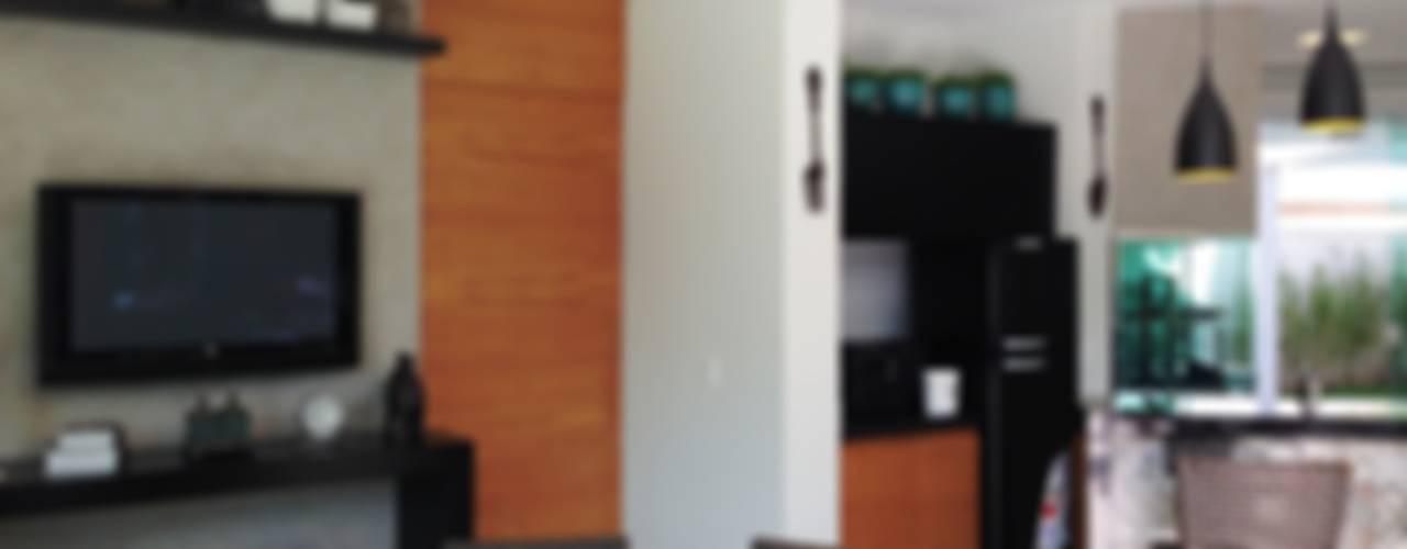 Sala da pranzo moderna di ESTÚDIO danielcruz Moderno