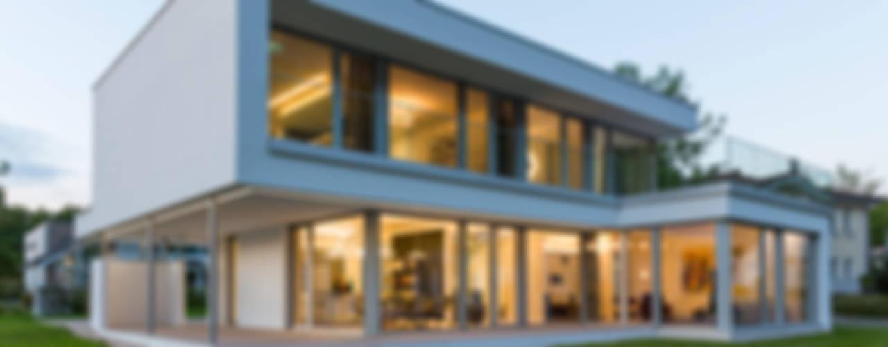 ARKITURA GmbH의  일세대용 주택