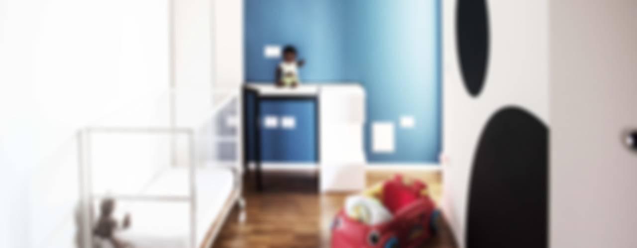 II 2015 Stanza dei bambini moderna di Antonio Buonocore Moderno
