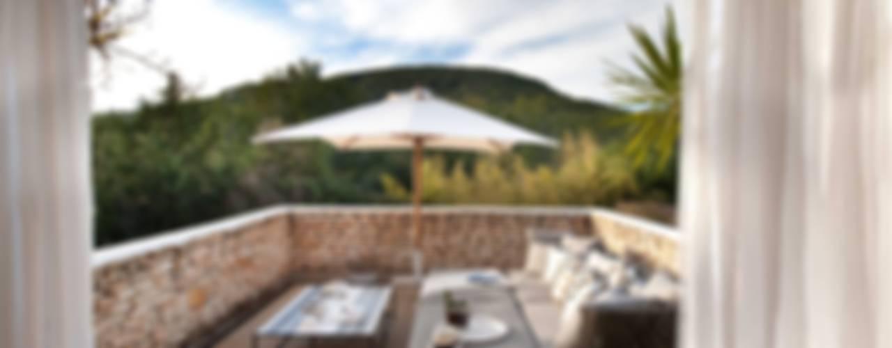 Ibiza House TG Studio Balcones y terrazas de estilo mediterráneo