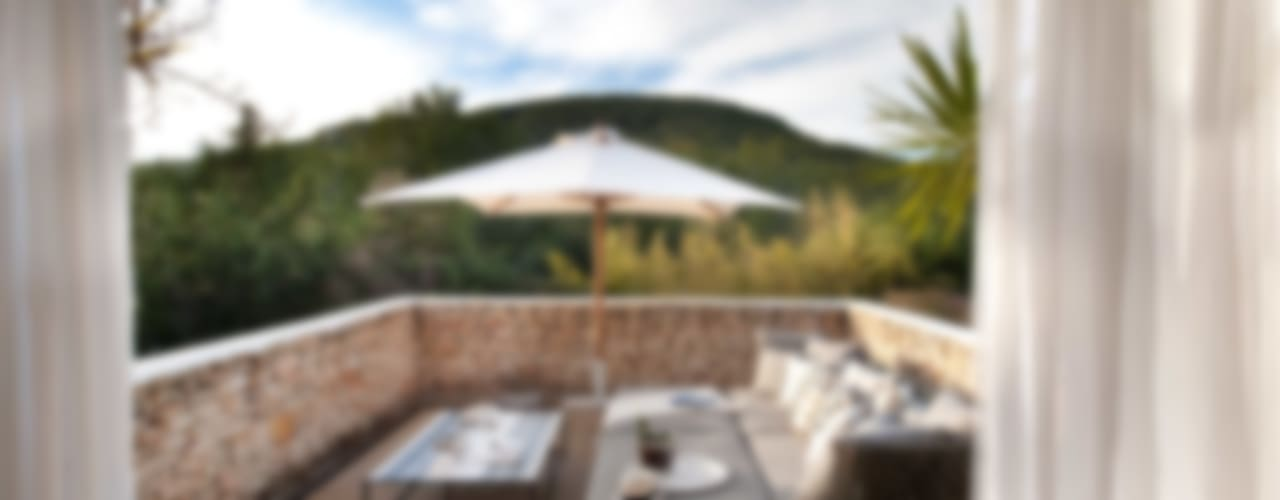 Ibiza House Balcone, Veranda & Terrazza in stile mediterraneo di TG Studio Mediterraneo