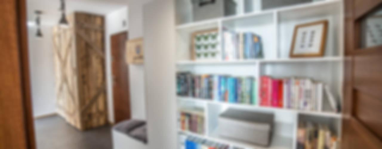 Corredores, halls e escadas rústicos por Och_Ach_Concept Rústico
