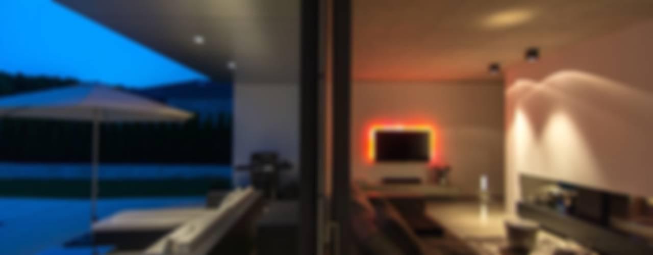 Haus_gra Moderne Wohnzimmer von aprikari gmbh & co. kg Modern