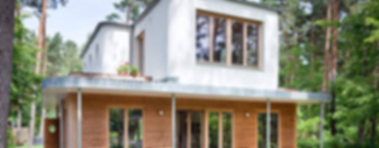 Casas de estilo ecléctico de Müllers Büro Ecléctico