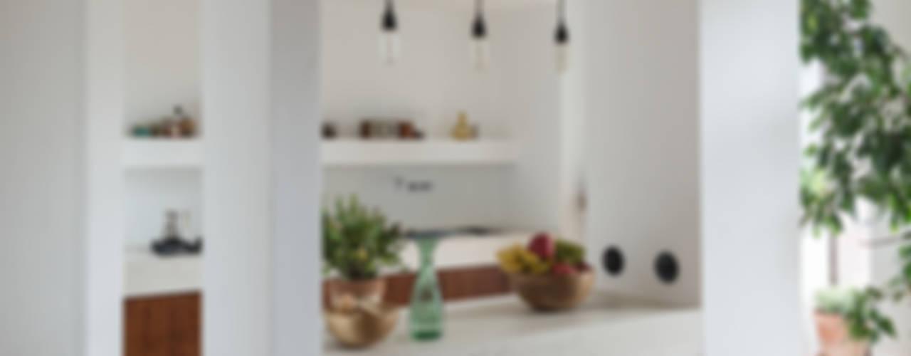 Woodboard House Cucina minimalista di Atelier Blank Minimalista