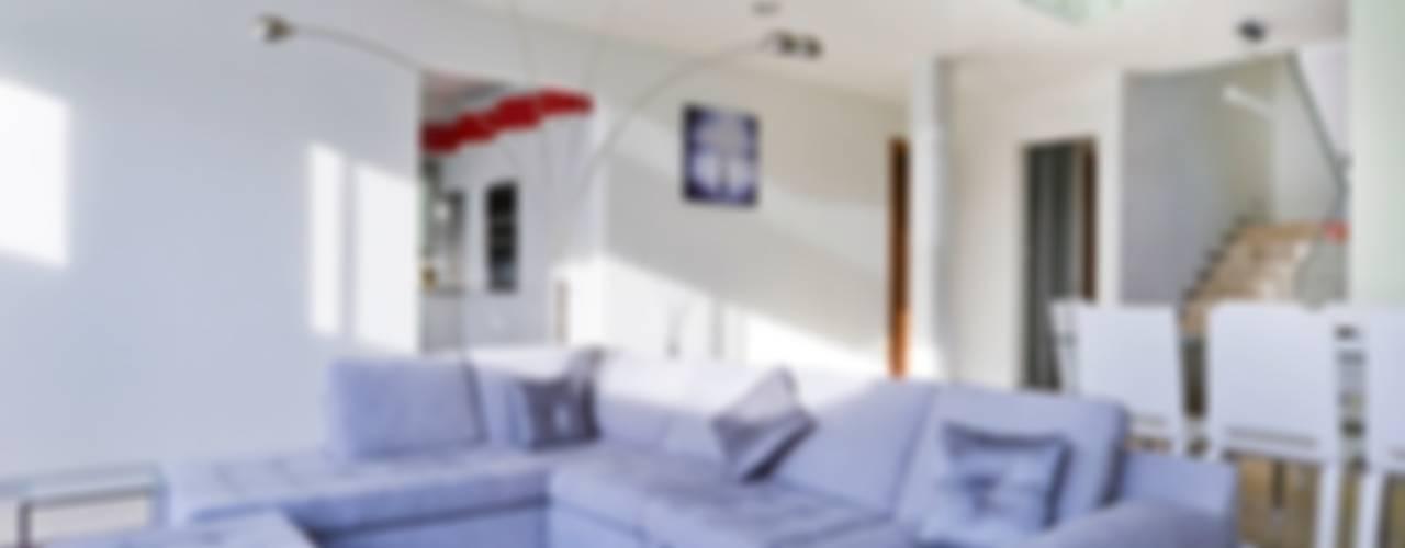 Livings de estilo  por Excelencia en Diseño , Minimalista