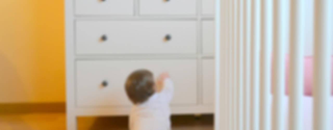 046 | Quarto bebé, Ericeira, Mafra por T2 Arquitectura & Interiores Eclético