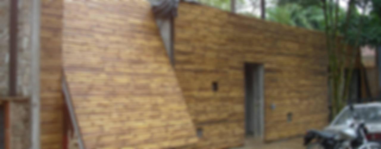 Puertas y ventanas de estilo minimalista de BAMBU CARBONO ZERO Minimalista