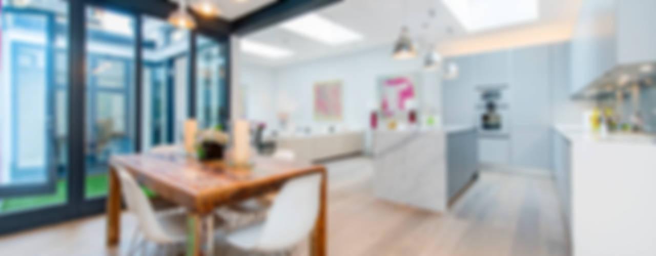 Basement Flat Refurb Modern Living Room by Balance Property Ltd Modern