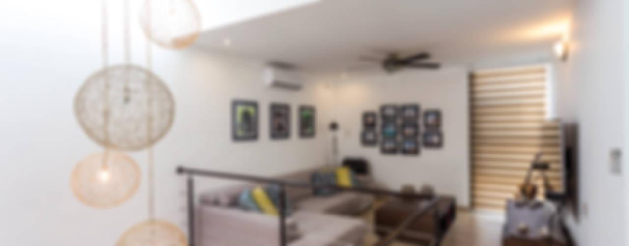 Grupo Arquidecture Minimalistischer Multimedia-Raum