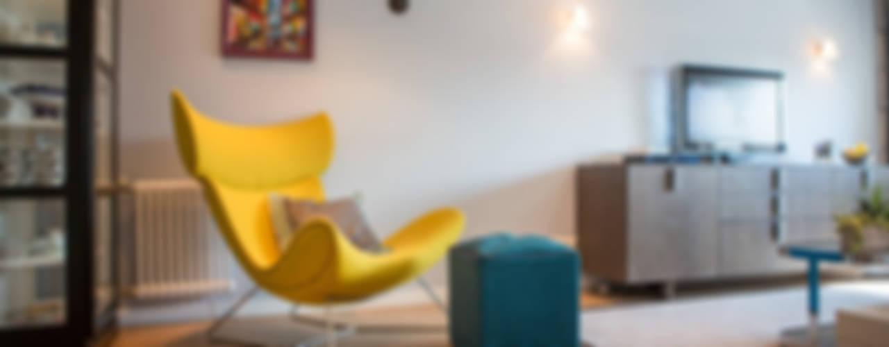 Квартира в Москве 100м2 (дизайнер Мария Соловьёва-Сосновик) Гостиная в скандинавском стиле от Фотограф Анна Киселева Скандинавский