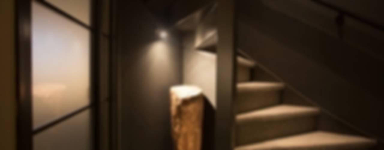 Corpus Rub Massage Studio, Amsterdam, NL. Eclectische gezondheidscentra van SZIdesign Eclectisch