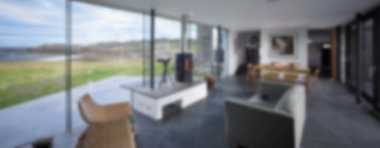 The White House, Isle of Coll Modern living room by WT Architecture Modern