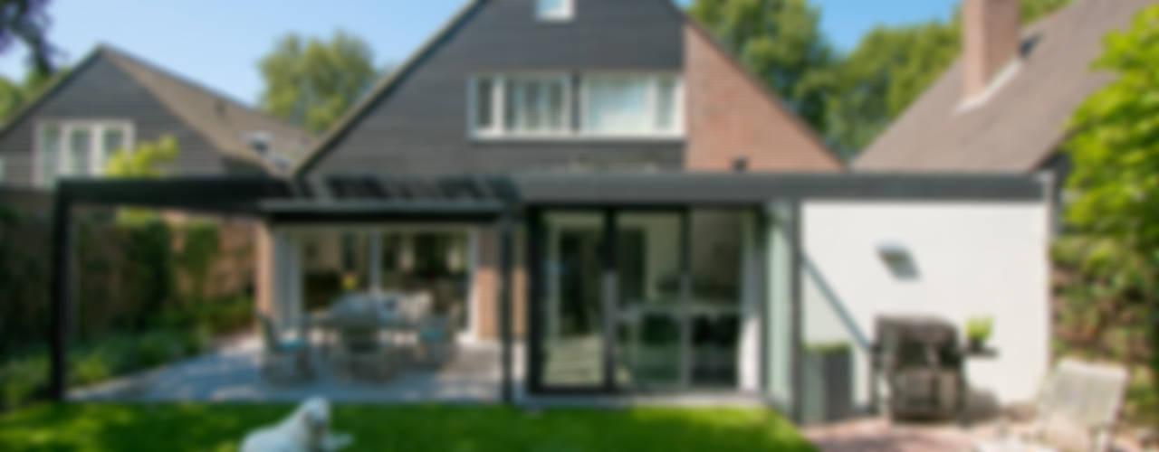Maisons modernes par Hoope Plevier Architecten Moderne