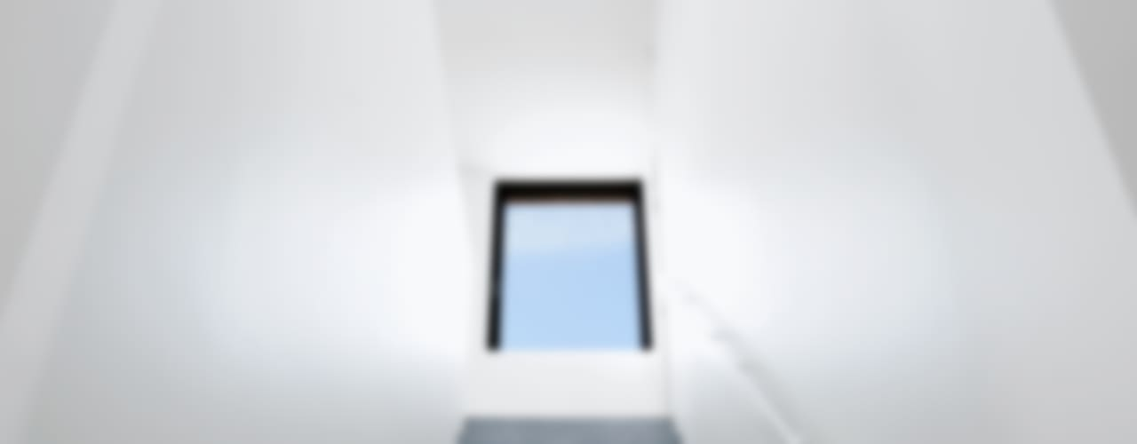 Corredores, halls e escadas clássicos por STEINMETZDEMEYER architectes urbanistes Clássico