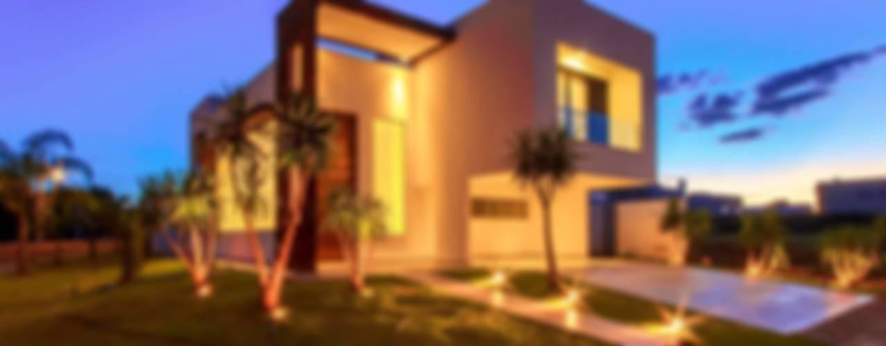 Дома в . Автор – Tony Santos Arquitetura, Минимализм