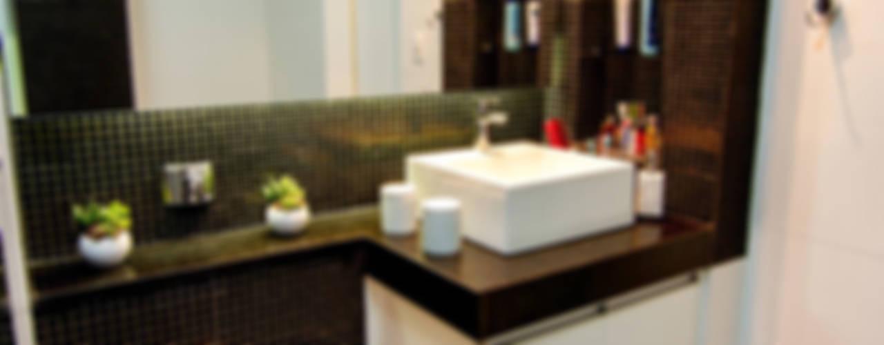 Apartamento Bom Retiro - 100m²: Banheiros  por Raphael Civille Arquitetura