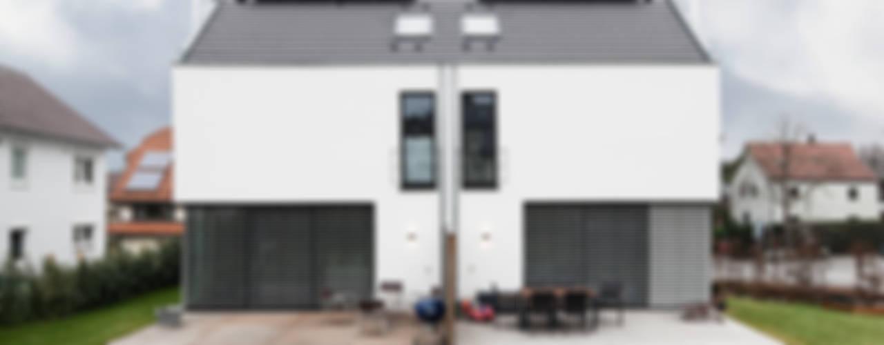 Doppelhaus BP11 im Neckartal Minimalistische Häuser von Schiller Architektur BDA Minimalistisch