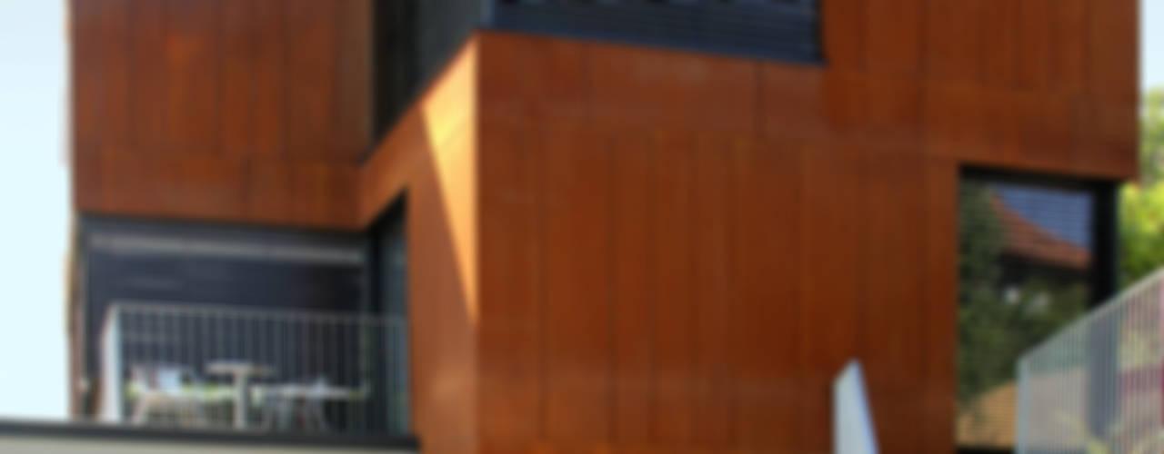 Minimalist houses by Architekt Zoran Bodrozic Minimalist
