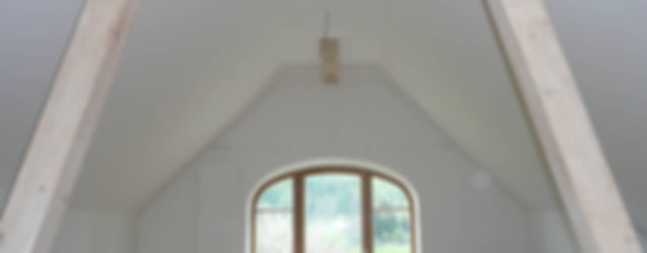 Klasyczny salon od bau-kult-ur Klasyczny