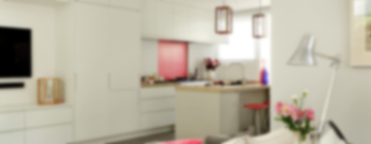 Kitchen by Cue & Co of London, Modern
