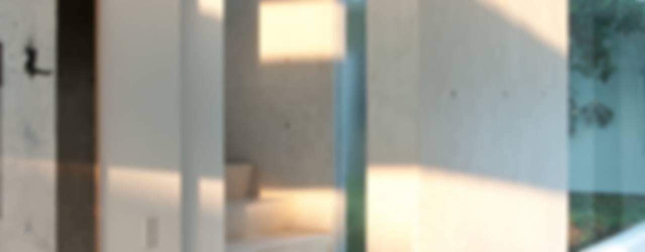 Polanco Penthouse Moderne gangen, hallen & trappenhuizen van Gantous Arquitectos Modern