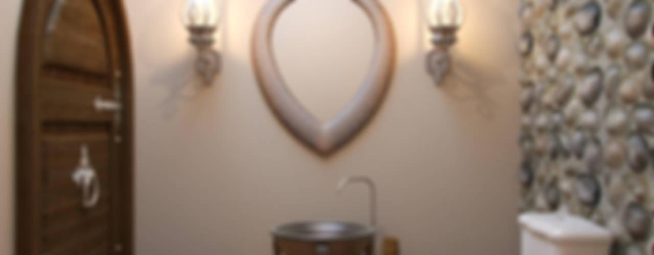 Baños de estilo rústico de Студия дизайна интерьера Маши Марченко Rústico
