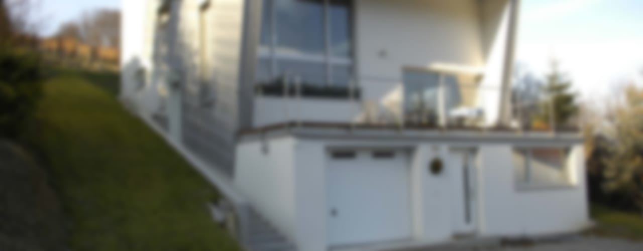 Haus am Hang Klassische Häuser von architope Klassisch