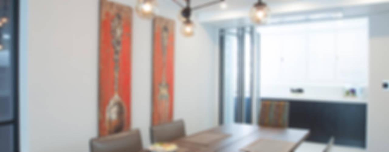 인천 부평 동아2단지 63평형: MID 먹줄의  다이닝 룸