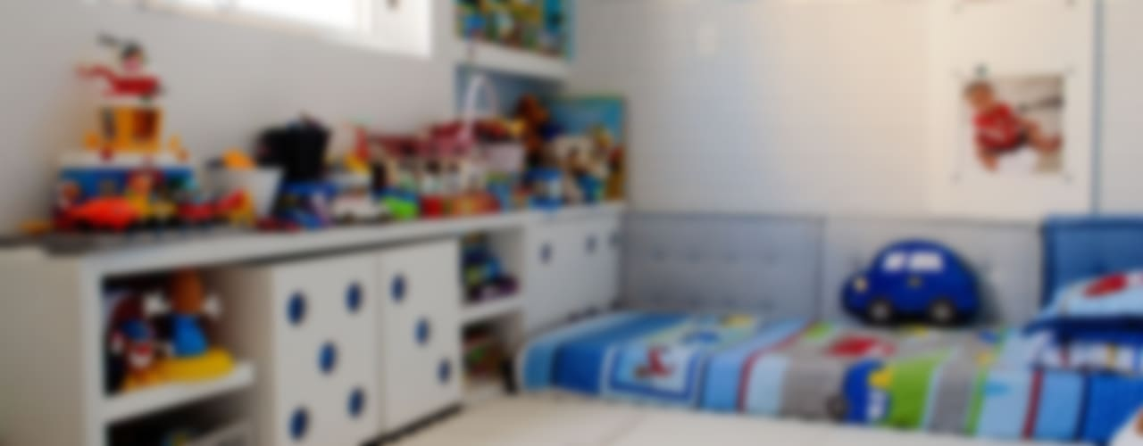 Nursery/kid's room by AWDS Arquitetura e Design de Interiores
