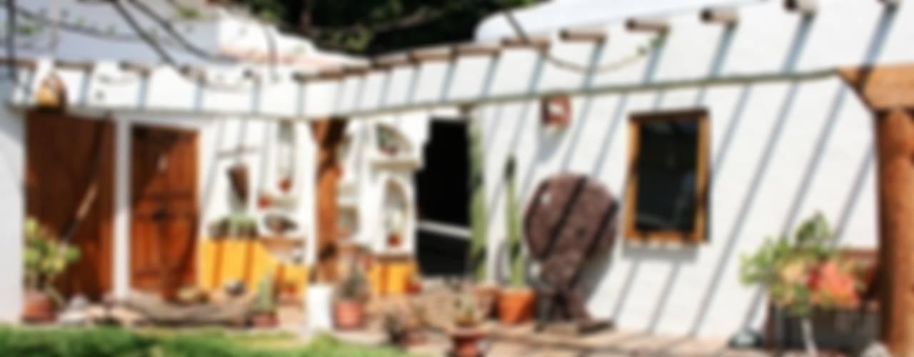 Casa Santa Fe: Casas de estilo  por Cenquizqui, Rural