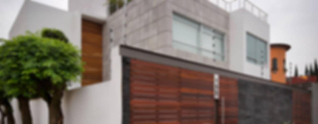 Casas  por MICHEAS ARQUITECTOS