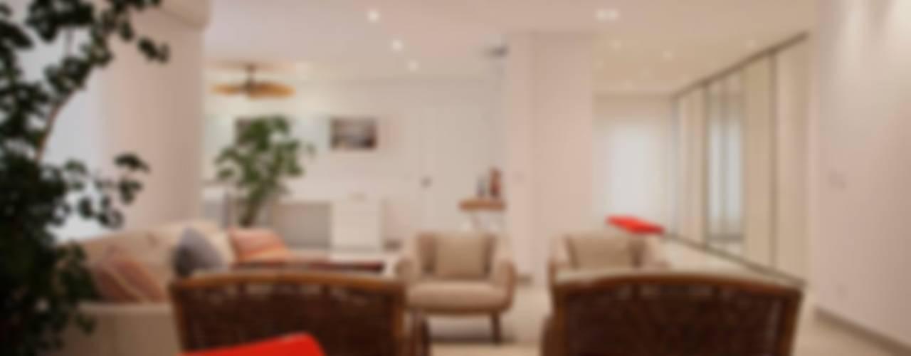 Casa - Praia de Tabatinga Salas de estar modernas por Hurban Liv Arquitetura & Interiores Moderno