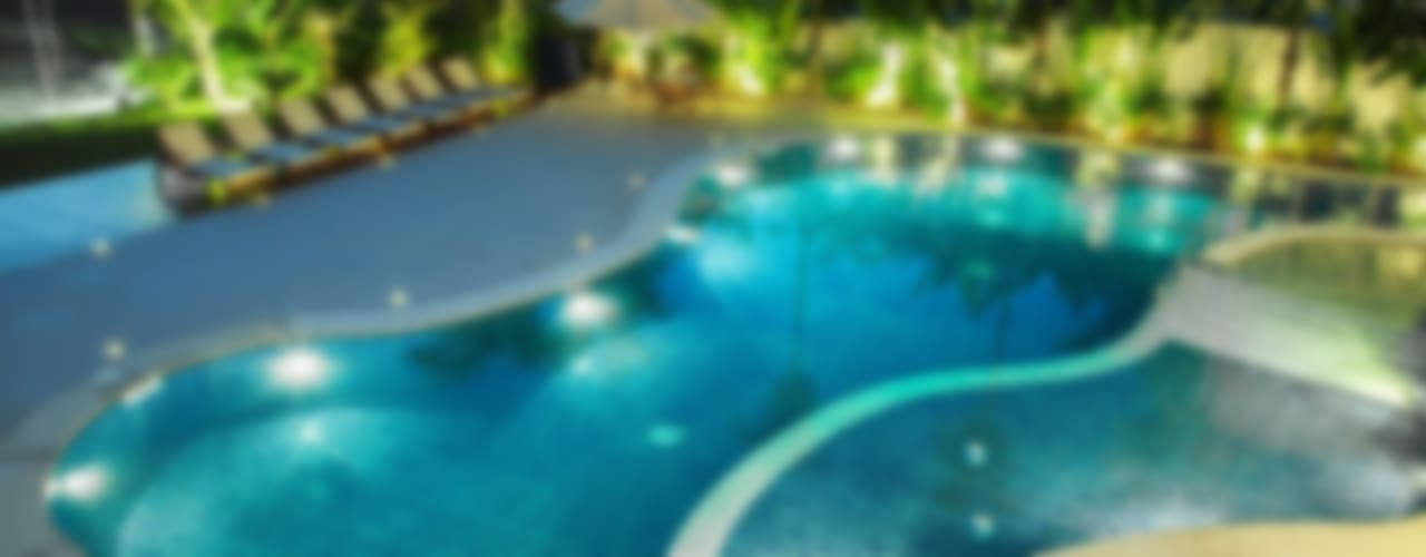 Modern pool by Hurban Liv Arquitetura & Interiores Modern